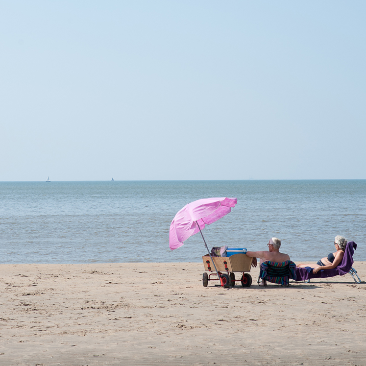 Seele baumeln lassen am Strand, Zeit für Entschleunigung und Achtsamkeit