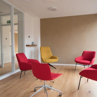 Blick in die Lounge des Seminarzentrums ZEIT:RAUM