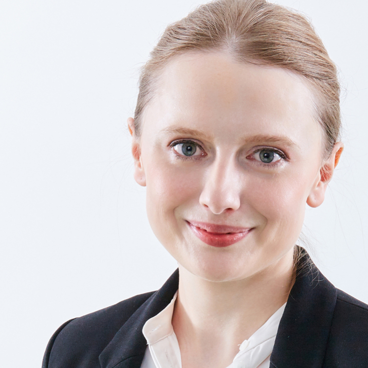 Anna Peters, Beraterin bei der PRAXISFELD GmbH